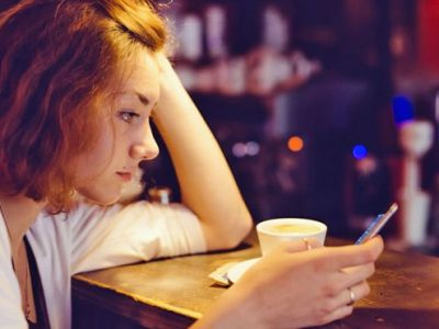 Facebook lurking makes you miserable, says study